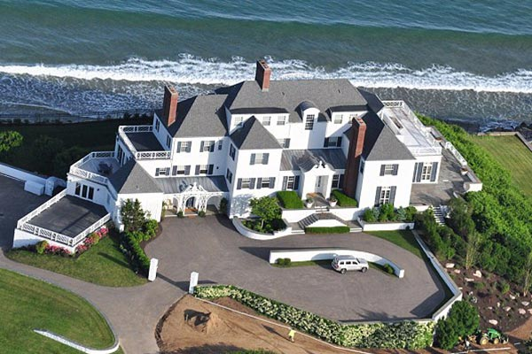 10 Incredible Mansions Of The Rich And Famous Interesticle