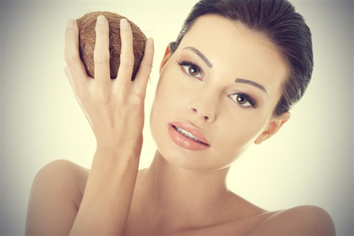 Coconut Oil also fights Alzheimer's Disease