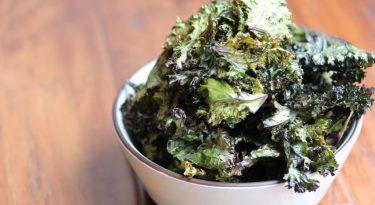 Oven Baked Lemon Kale Chip