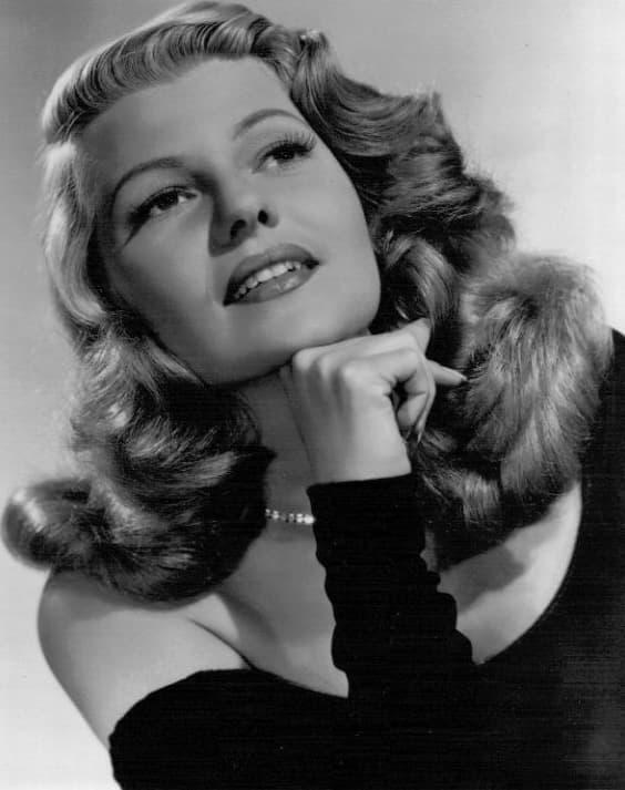 Rita Hayworth's Glamorous Waves