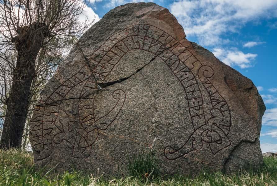 Graffiti Runes